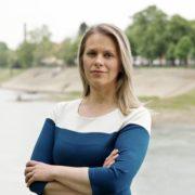 """Jasmina Jovev –  Zašto je korzo ili kako je od milja zovemo """"kaldrma"""" tamo gdje je? Zbog sukoba Kristine sa Biskupijom"""