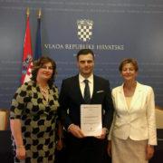 Ivan Celjak na svečanom potpisivanju ugovora vrijednom gotovo 15 milijuna kuna za opremanje ordinacija primarne zdravstvene zaštite na području SMŽ